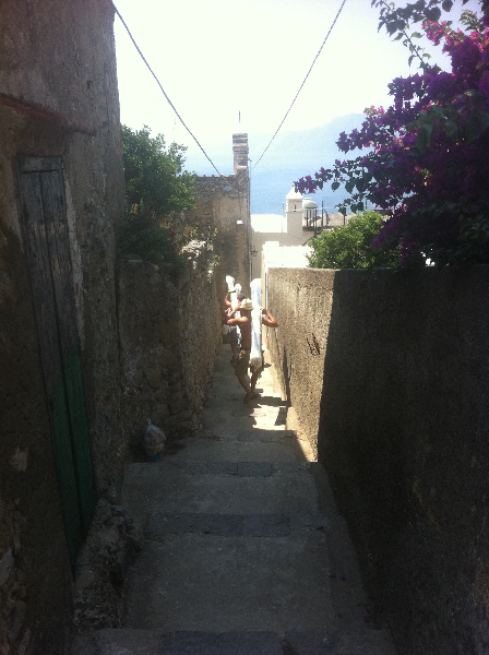 Access to site via a series of alleyways