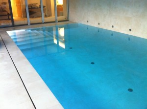 swimming pool slotted overflow