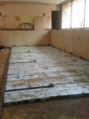 Swimming Pool Floor Insulation
