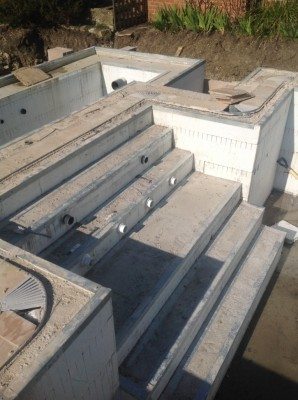 Pool Balance Tank and steps using ICF