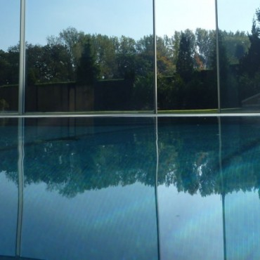 Luxury Overflow Swimming Pool