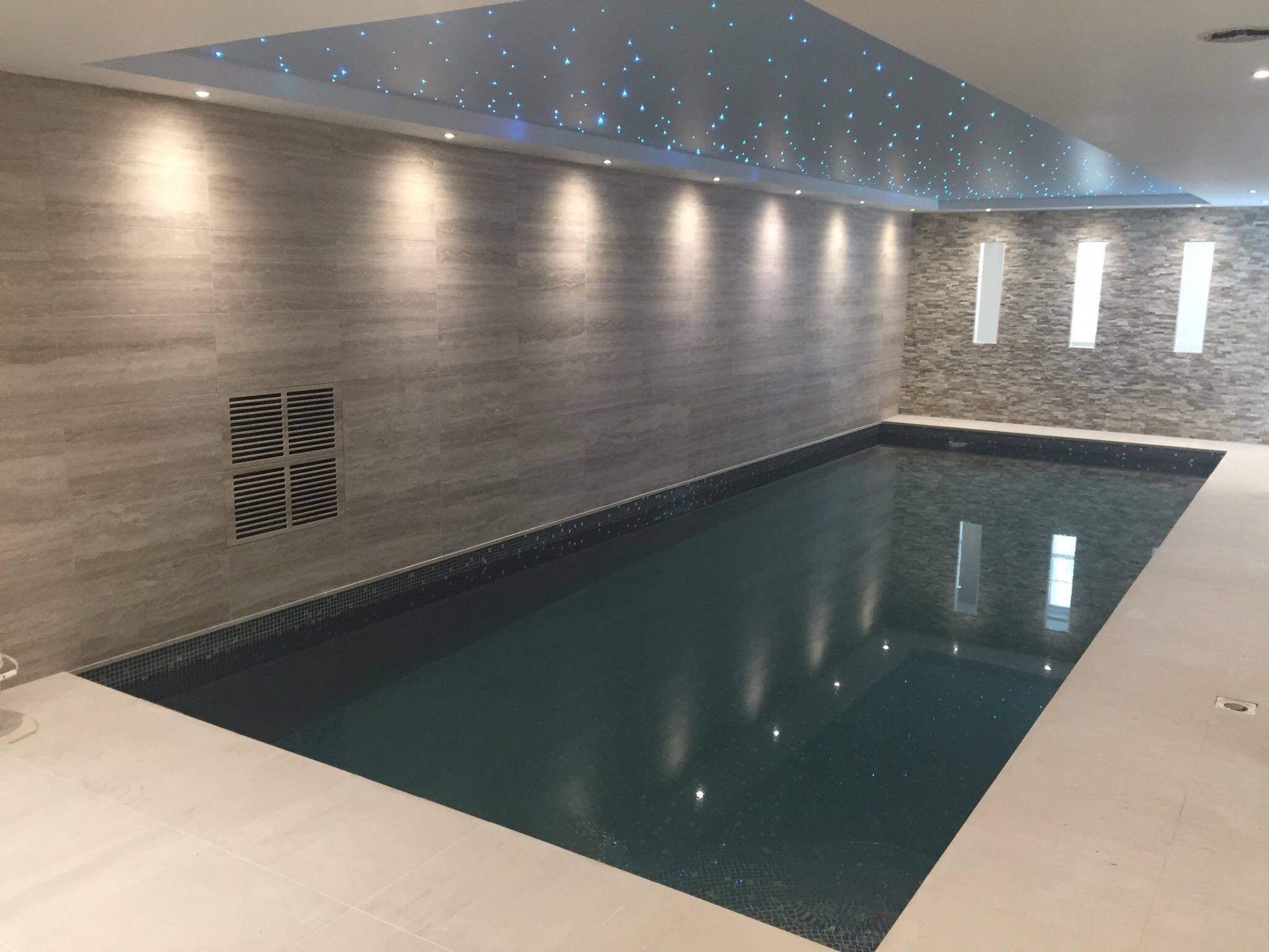 London basement swimming pool and steam room Basement swimming pool construction