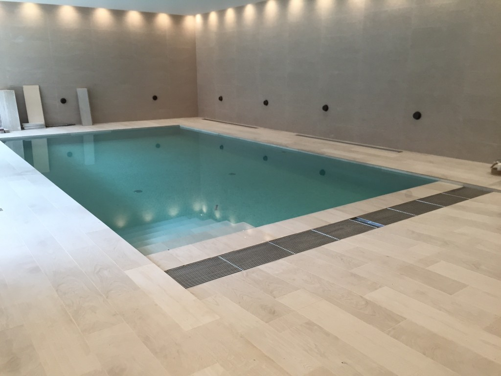 New Build Swimming Pool With Metal Overflow Grating