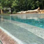 infinity swimming pool edge
